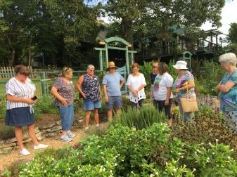 Long-Creek-Herbs-garden-tour